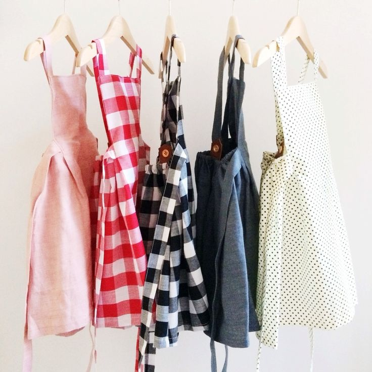 Our beautiful Pinafore Dresses are meticulously handmade locally in Western Australia. We have sourced the best quality 100% Linen and 100% Cotton fabrics and designed these gorgeous dresses to sit higher along the front bib panel and then lower at the back to show off summer shoulders! Available in Pale Pink Linen, Charcoal Linen, Black