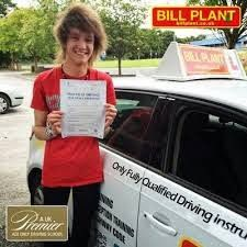 Learning driving lesson Sunderland is an exciting experience. The instructors who provide driving courses are expert, knowledgeable and provide excellent detail about your duties when you drive on the road.