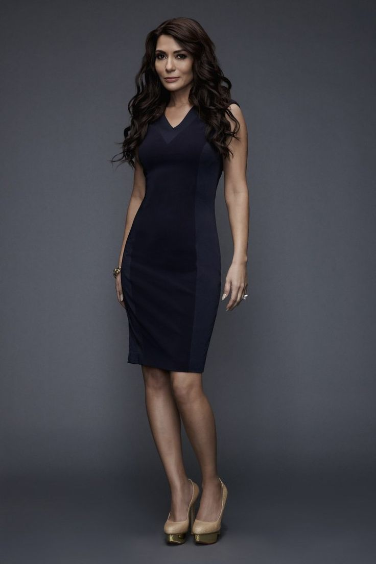 Marisol Nichols as Hermione Lodge: Veronica's mother, who has returned to Riverdale with her daughter to reconnect with Fred Andrews following her recent divorce from Hiram Lodge.