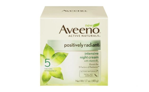 If you're looking for moisture, Aveeno Night Cream will not disappoint. But only one out of four of us experienced the radiance benefits from using this product.
