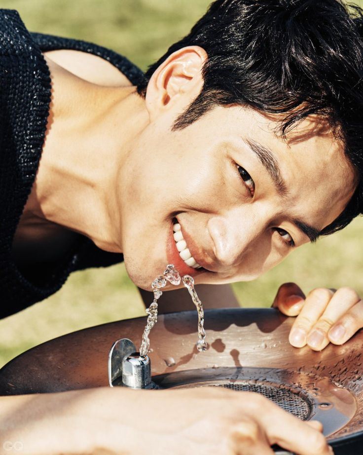 Lee Je Hoon – GQ May 2016