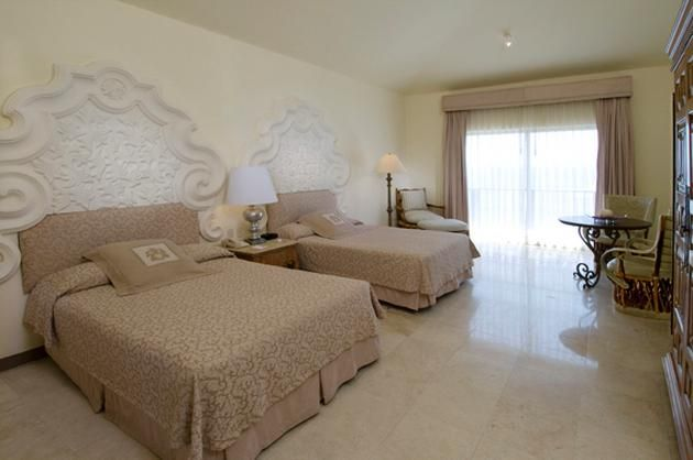 Quinta Real Acapulco. Recommended by Preferred Hotels.