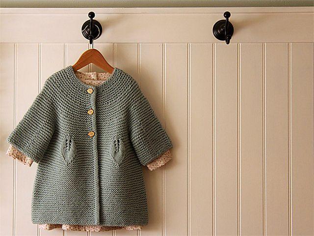 Ravelry: Little Buds in English by Karen Borrel