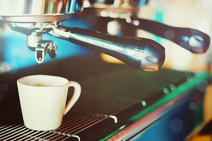 How To Find A Good Commercial Italian Espresso Machine For Your Café
