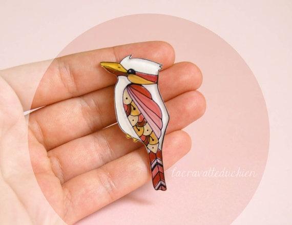 Bird brooch Illustrated kookaburra bird by lacravatteduchien, €12.00