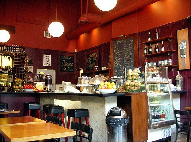 amazing and luxury small cafe design ideas with ball pendant lamp and luxury bar furniture interior - Red Cafe Ideas