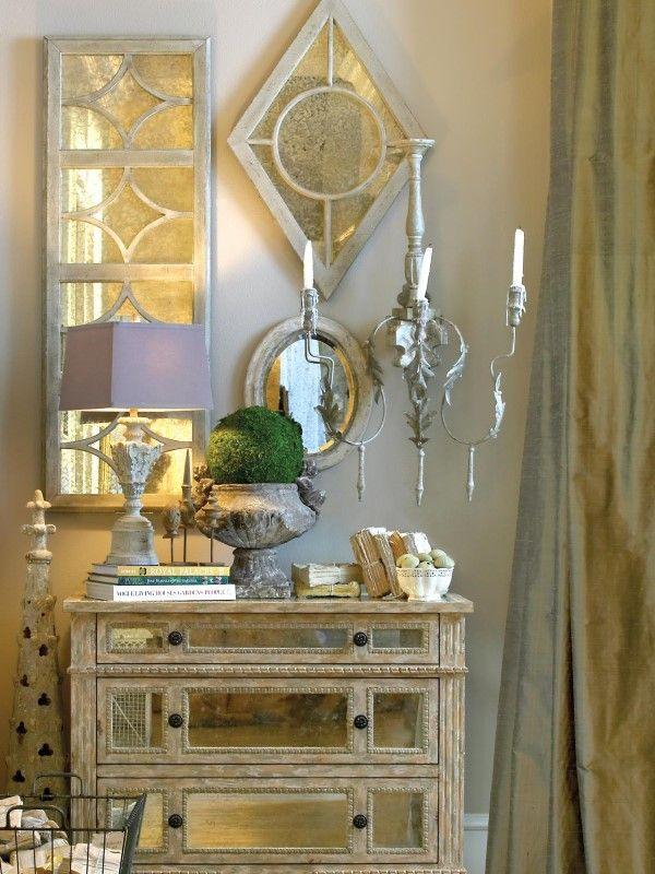 Античный декор и зеркальная мебель в интерьере