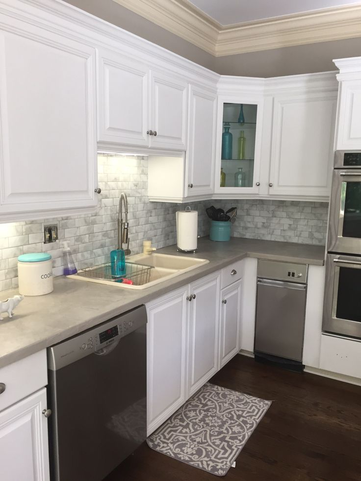 Peel and stick kitchen backsplash | Smart Tiles