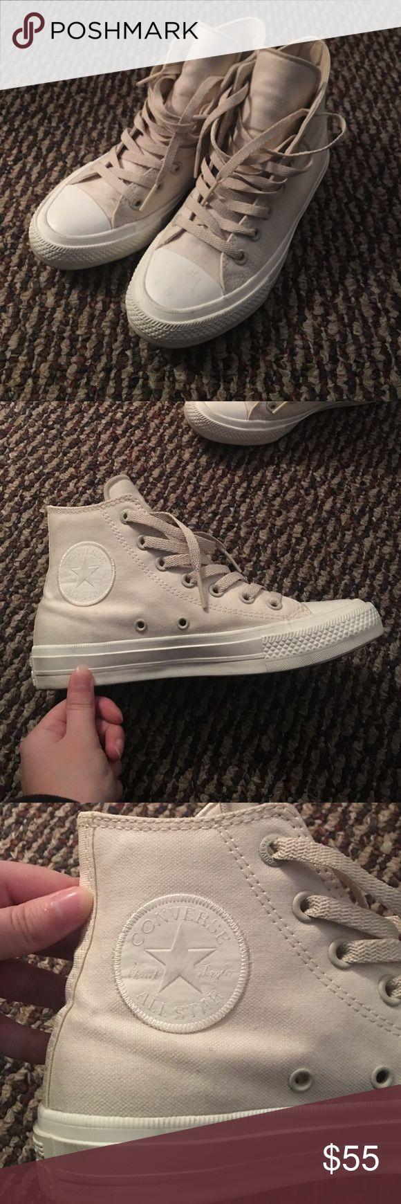 Converse Chuck Taylor high tops Cream Women's 7.5 Chuck Taylor Converse Shoes Sneakers