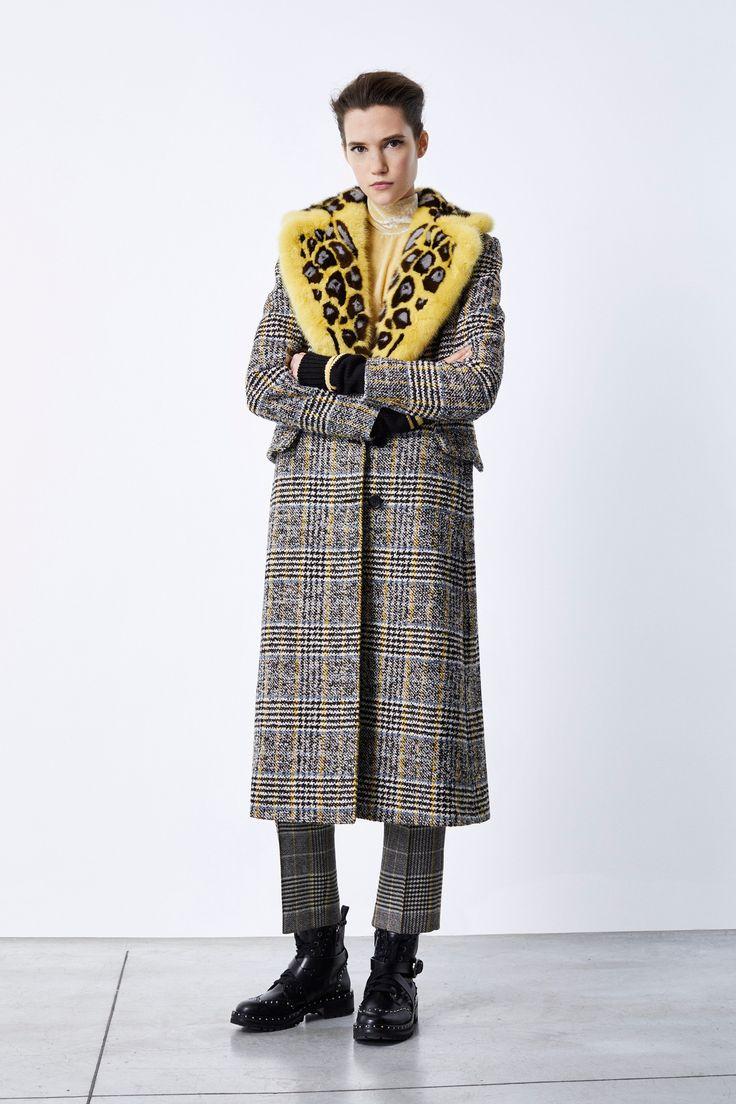 Ermanno Scervino, Pre-Fall 2018 :: The Wonderful World of Fashion