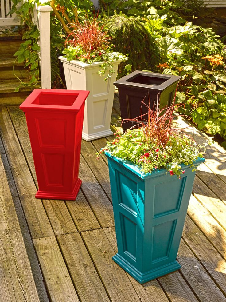 Tall Planters: Fairfield Self Watering Patio Planter | Gardeners.com