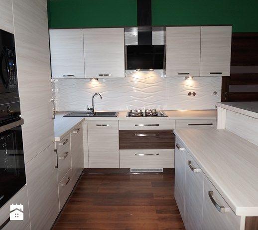 Aranżacje wnętrz - Kuchnia: Meble kuchenne wykonane z płyty laminowanej - FILMAR meble. Przeglądaj, dodawaj i zapisuj najlepsze zdjęcia, pomysły i inspiracje designerskie. W bazie mamy już prawie milion fotografii!