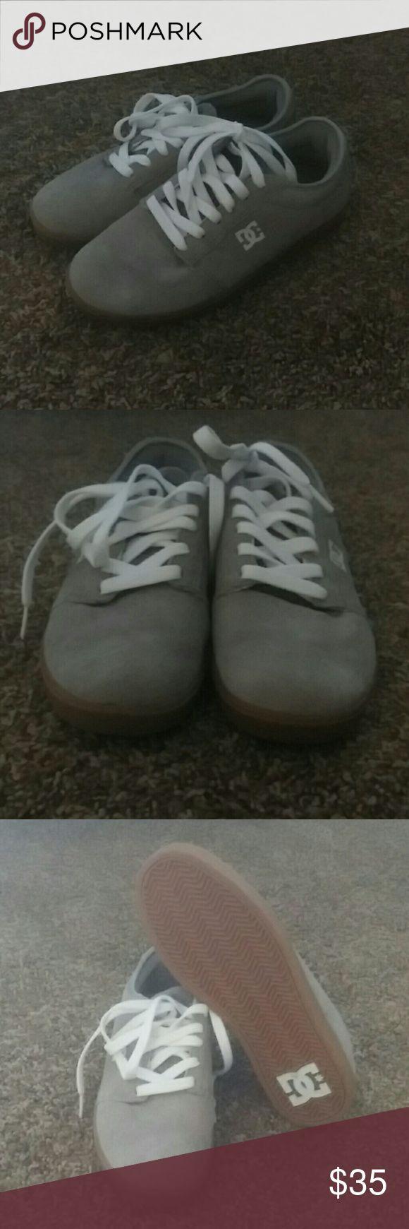 DC Skate Shoes (men's) Super suede gray DC Shoes Sneakers