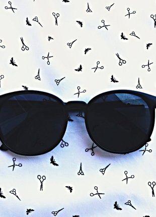 Kup mój przedmiot na #vintedpl http://www.vinted.pl/akcesoria/okulary-przeciwsloneczne/18395756-nowe-czarne-okulary-idealna-na-lato