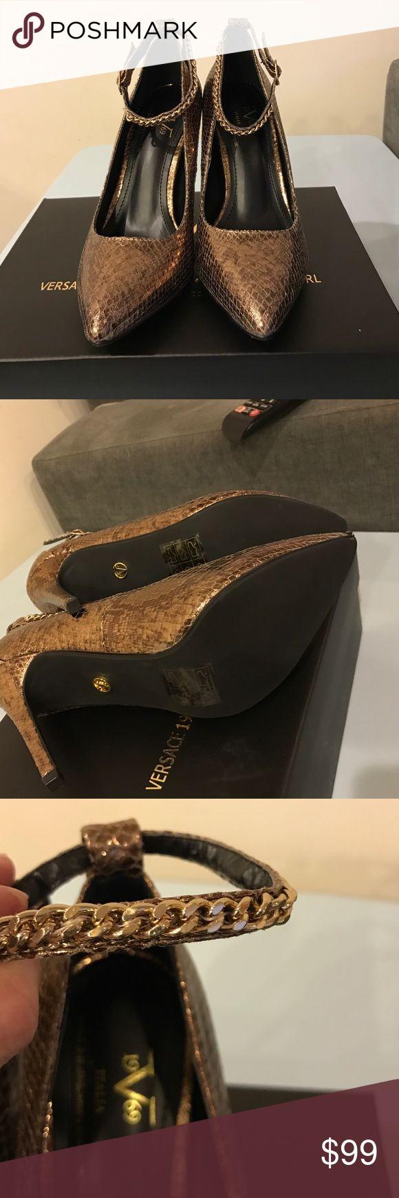 VERSACE 19.69 ABBIGLIAMENTO SPORTIVO srl brand 👠 Brand new, snake skin sexy shoes -Versace 1969 Abbigliamento SPORTIVO srl ❣️Shoes🌺🌺🌺🌺🌺🌺🌺🌺 bronze snake Versace Shoes Heels