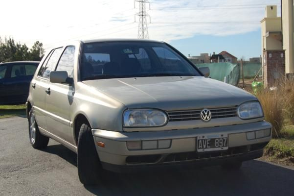 Volkswagen Golf GLX 18