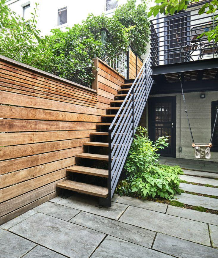 21 Landscaping Ideas For Slopes: Landscape Architect Visit: A Leafy Garden In Park Slope In