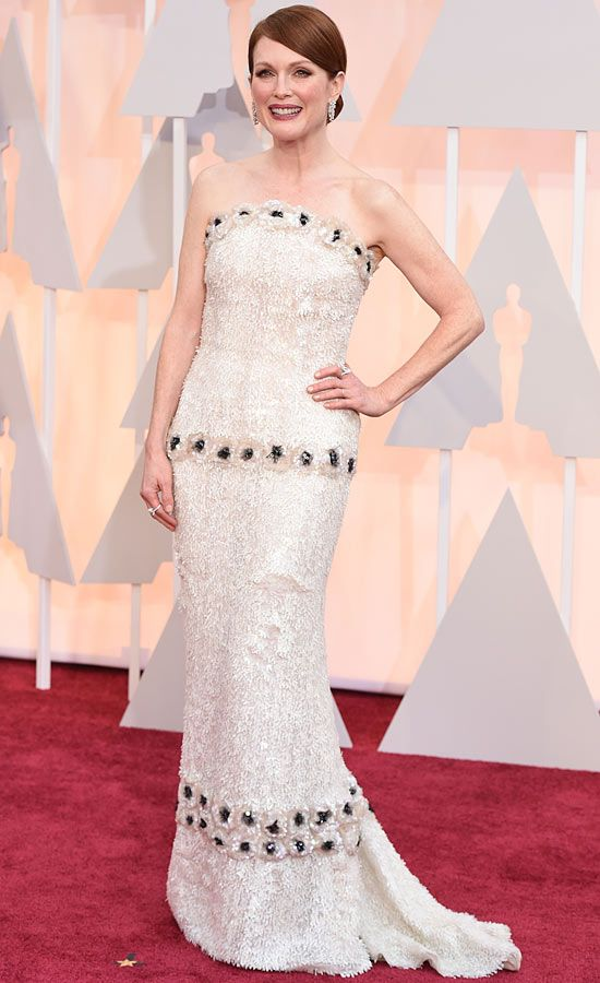 Juliane Moore (Chanel. Pendientes: Choppard)