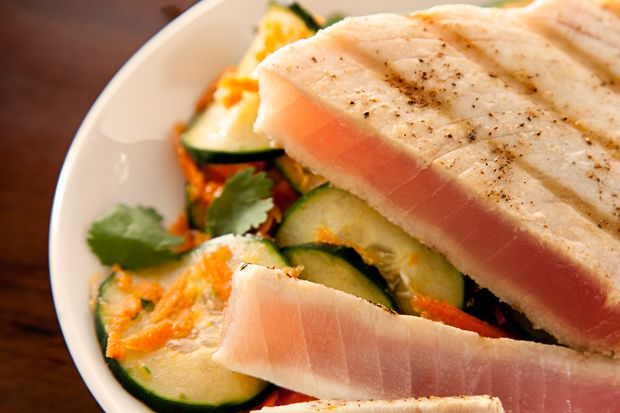 Grilled Tuna with Cucumber Salad - I think I would make this with Salmon so it has less mercury.  Looks yummy.