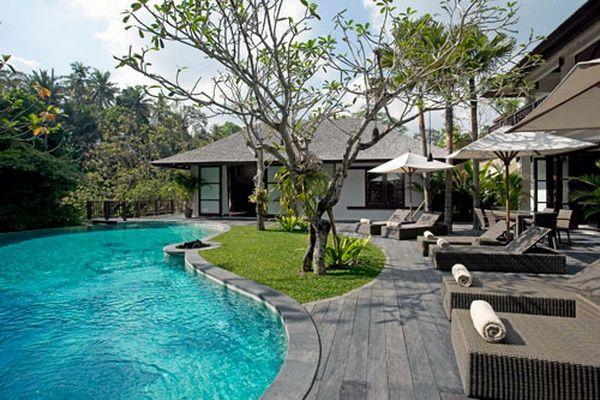 Villa Iskandar Pool