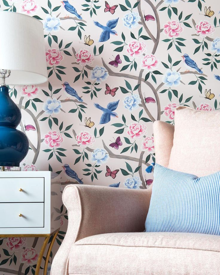 Blush, birds and butterflies. We're ready for summer and our chinoiserie wallpaper is putting us in the mood! #cwwallpaper
