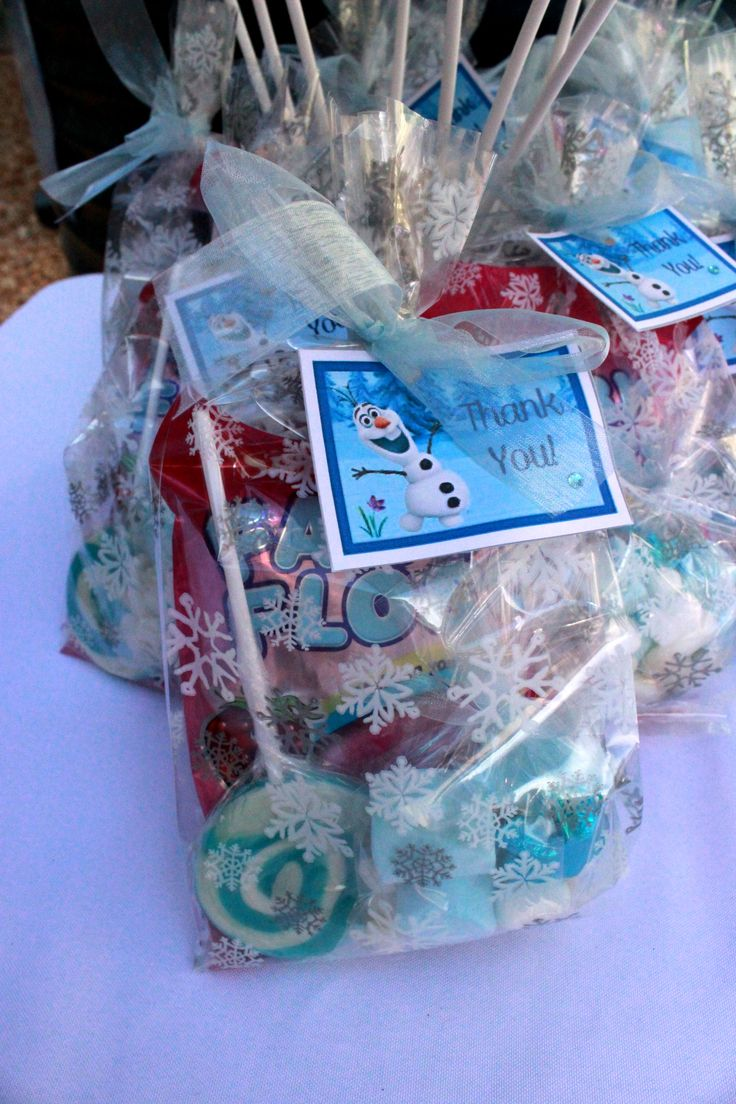 Frozen Themed Party Lolly Bags created by My Kidz Party www.facebook.com/MyKidzParty #Frozen #parties #lollybags
