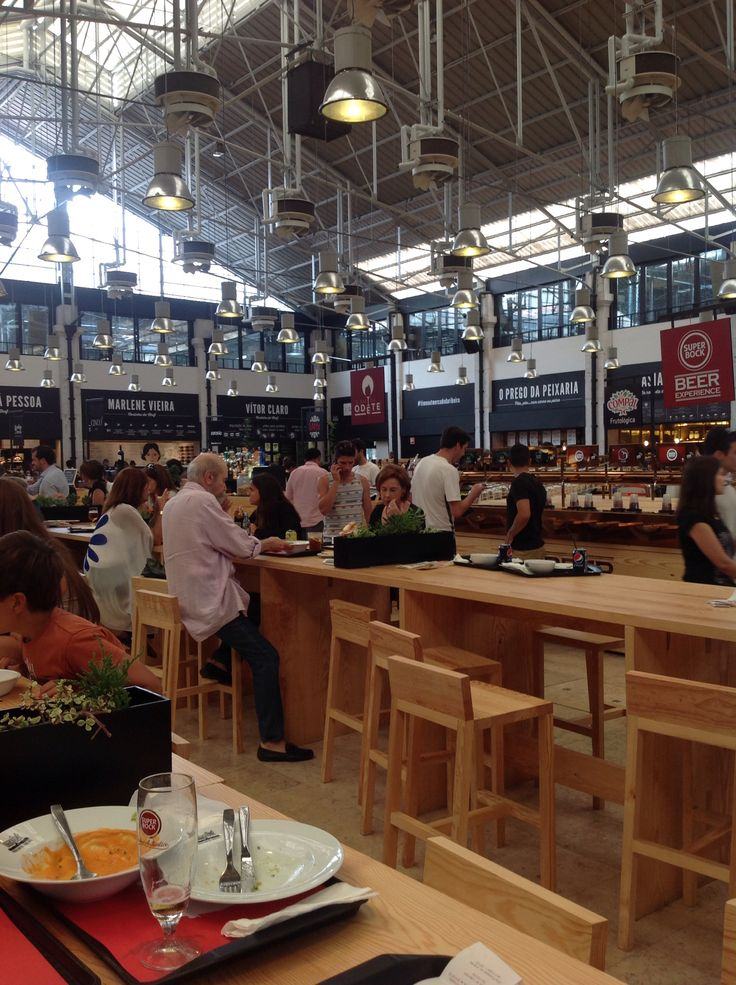 Food court at Ribeira Marketplace, #Lisbon #portugal
