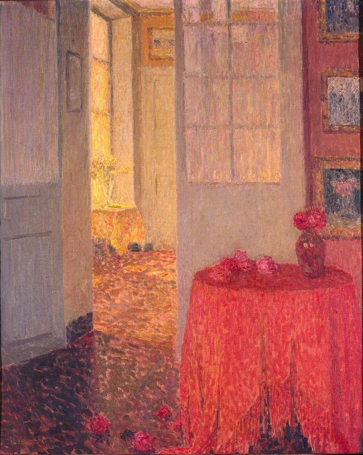«Intérieur à la nappe rouge», Versailles, 1932. Henri le Sidaner exposition dans plusieurs MUsées et lieux dans le Nord Pas-de-Calais actuellement