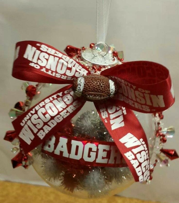 8 best images about wisconsin badger ornament on pinterest for Badger christmas decoration