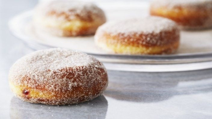 You'll find the ultimate Anna Olson Raspberry Jam Doughnuts recipe and even more incredible feasts waiting to be devoured right here on Food Network UK.