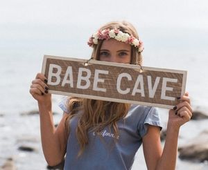 Babe Cave Brandy Melville Sign