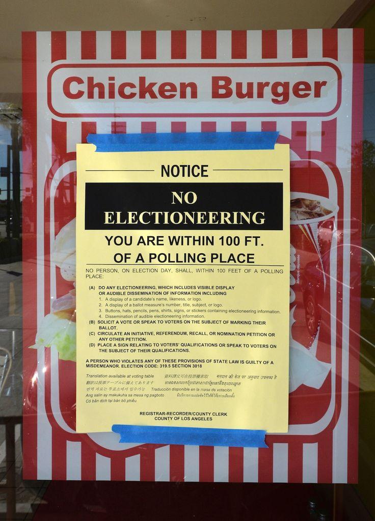 I posti strani dove votano gli americani - Il Post