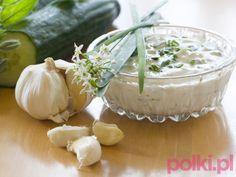 Sosy do mięs - 5 przepisów. Zobacz przepis na sos śliwkowy, musztardowy, pomidorowy, ciemny sos oraz czosnkowy - idealne sosy do mięs!
