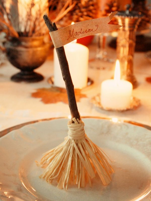 17 DIYs for Your Halloween Dinner Party