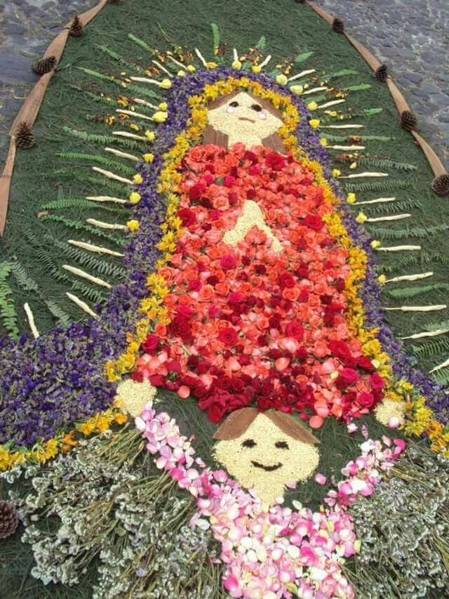 Semana Santa alfombra Antigua Guatemala