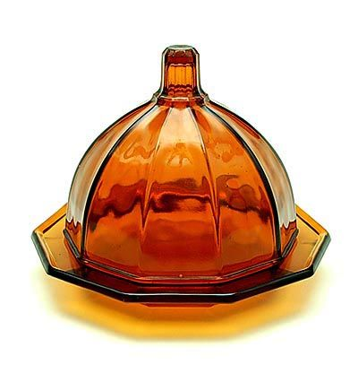 Amber glass covered cheese-dish design K.P.C.de Bazel 1920 executed by Glasfabriek Leerdam / the Netherlands