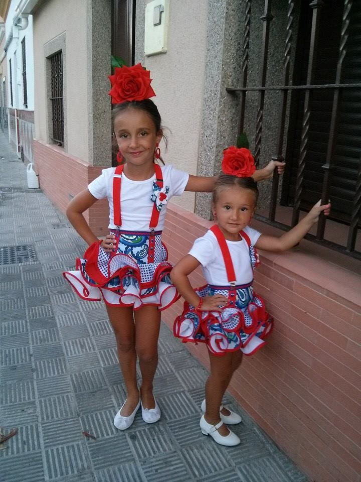 Falditas flamencas niña