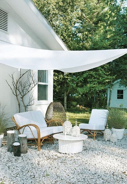 White outdoor lounge area #garden