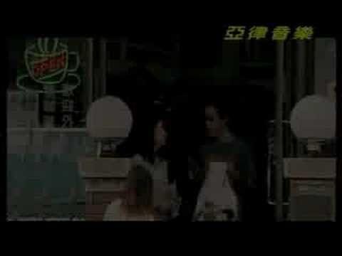 """江蕙_2003-11_女人的故事  The song is called """" The Story of A Woman . """" Judy Chiang sings the song . It describes a woman leads a difficult life but she never gives up ."""