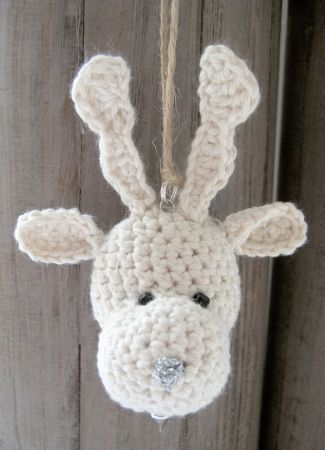 Crochet reindeer - Christmas decor and inspiration / free pattern