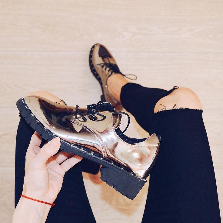 В наличии ботиночки  размер 37-375 цена 1280 По всем вопросам обращаться вк http://ift.tt/1DokiI4 или в Директ  #вналичии #вналичииbs #вналичиииваново #ботинки #обувь #дерби #заказ #мода #фото #фотовживую #фотовреале #дом2 #vsco #vscocam #vscorussia #fashion #style #нефтекамск #иваново #outfit #outfitselfie