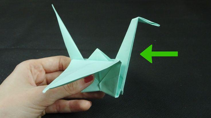 De origami kraanvogel is perfect als geschenk of als decoratief kaartje bij een cadeau, of als de eerste stap voor het maken van een senbazuru. De kraanvogels zijn delicaat, maar verrassend eenvoudig (en leuk) om te vouwen, dus aarzel niet...