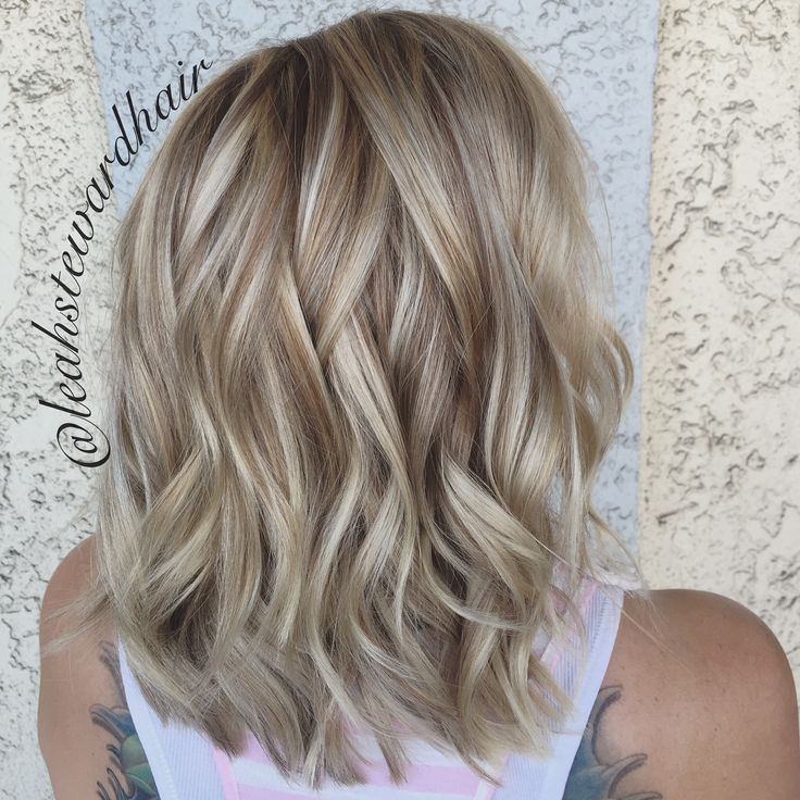Babylights and low lights by Leah Steward, Long Beach CA #BlondeHairstylesLong