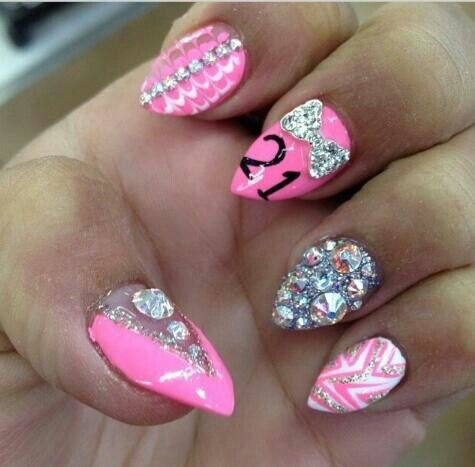 Must get these my 21st birthday! - Best 25+ 21st Birthday Nails Ideas On Pinterest Glitter Nails