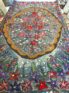Vintage American hand hooked rug
