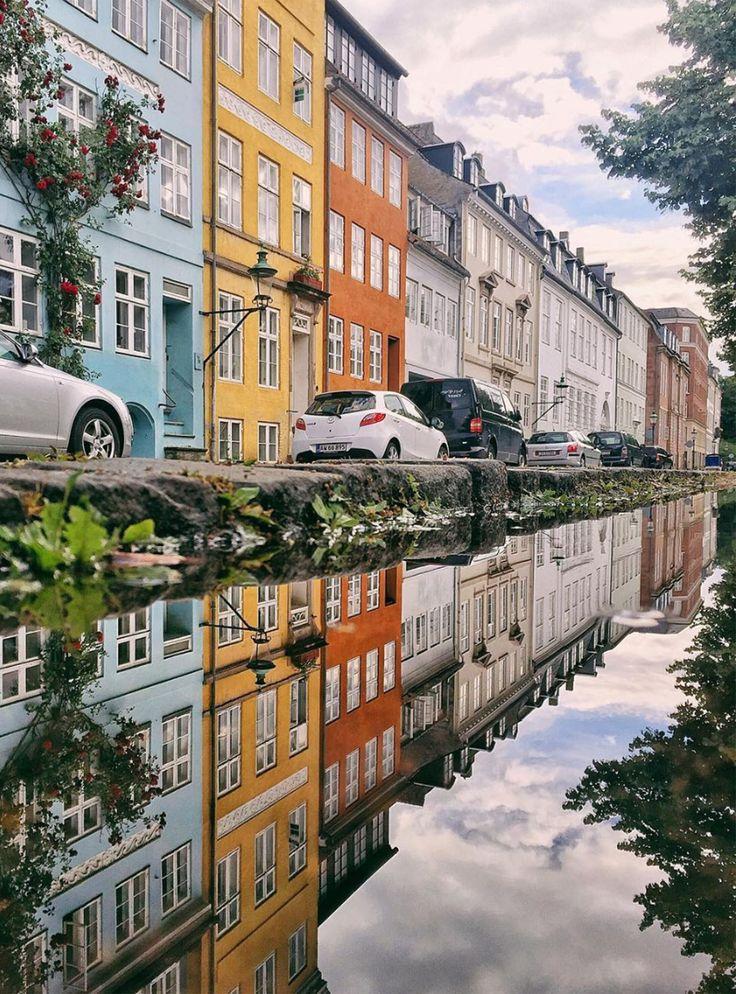 48h Kopenhagen: Ein Wochenende in Europas glücklichster Stadt #refinery29  http://www.refinery29.de/2016/08/124955/48h-kopenhagen-ein-wochenende-in-europas-gluecklichster-stadt#slide-2  SmørrebrødEine dänische Spezialität, die definitiv global gehen sollte: Smørrebrød sind offene Sandwiches, die klassisch auf Roggenvollkornbrot serviert werden und mit feinen Fleisch- und Fischtoppings belegt sind. Als Snack zwischendurch oder ein paar der Brödle zu Mittag sorgen für die nötige Energie für…