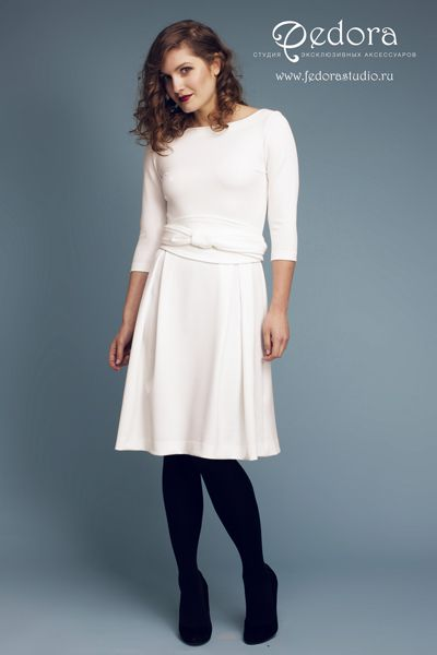 Платье Шанталь белоснежного цвета! Рукав 3/4, красивая струящаяся юбка и эффектный пояс-кушак! Состав вискоза. Мягкий и приятный трикотаж. Размер 42-48. 5500 руб.