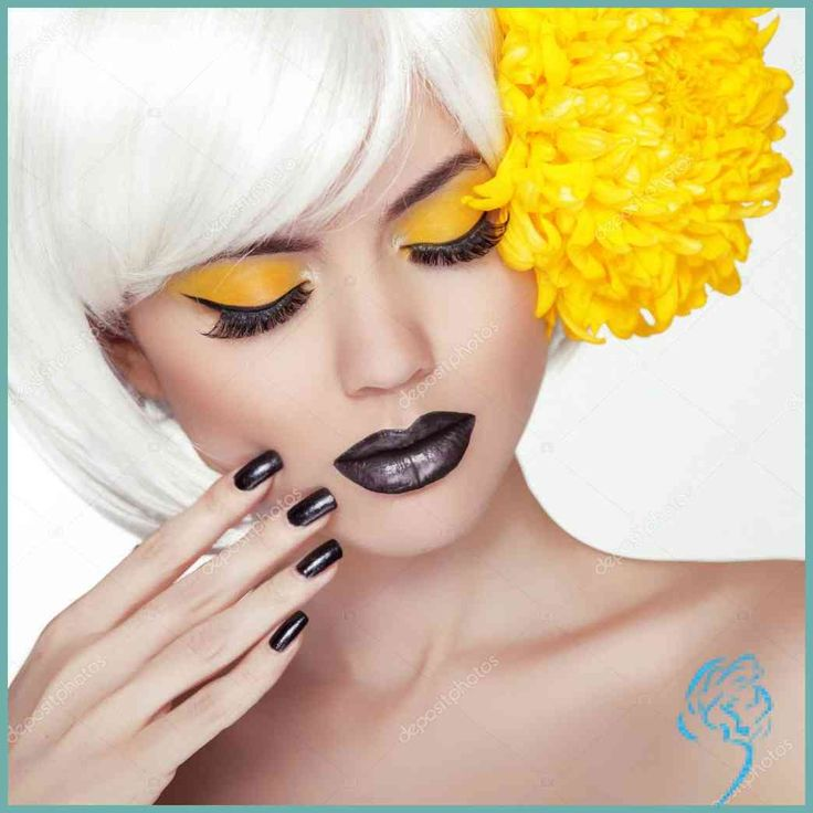 Mode Blondes Model mädchen Portrait mit trendige kurze Frisur …   Damen Frisuren