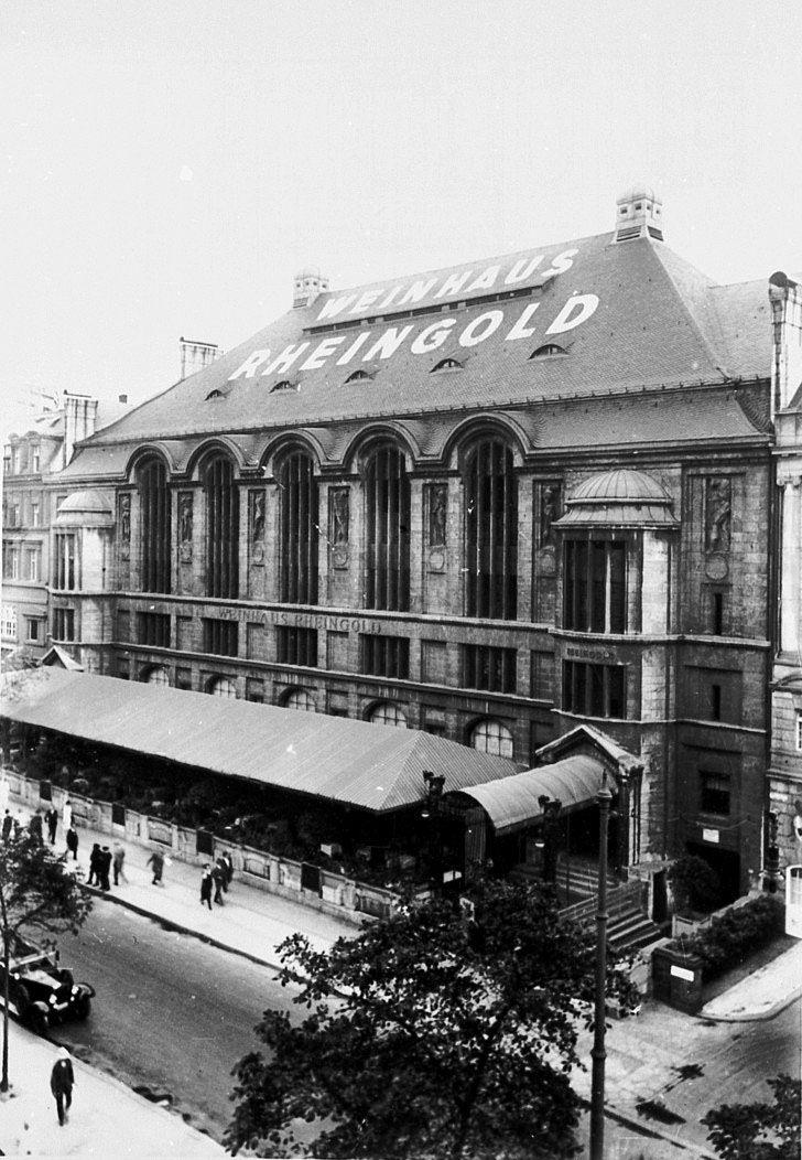Weinhaus Rheingold. Bellevuestraße, nahe Potsdamer Platz. Berlin, 1920. o.p.