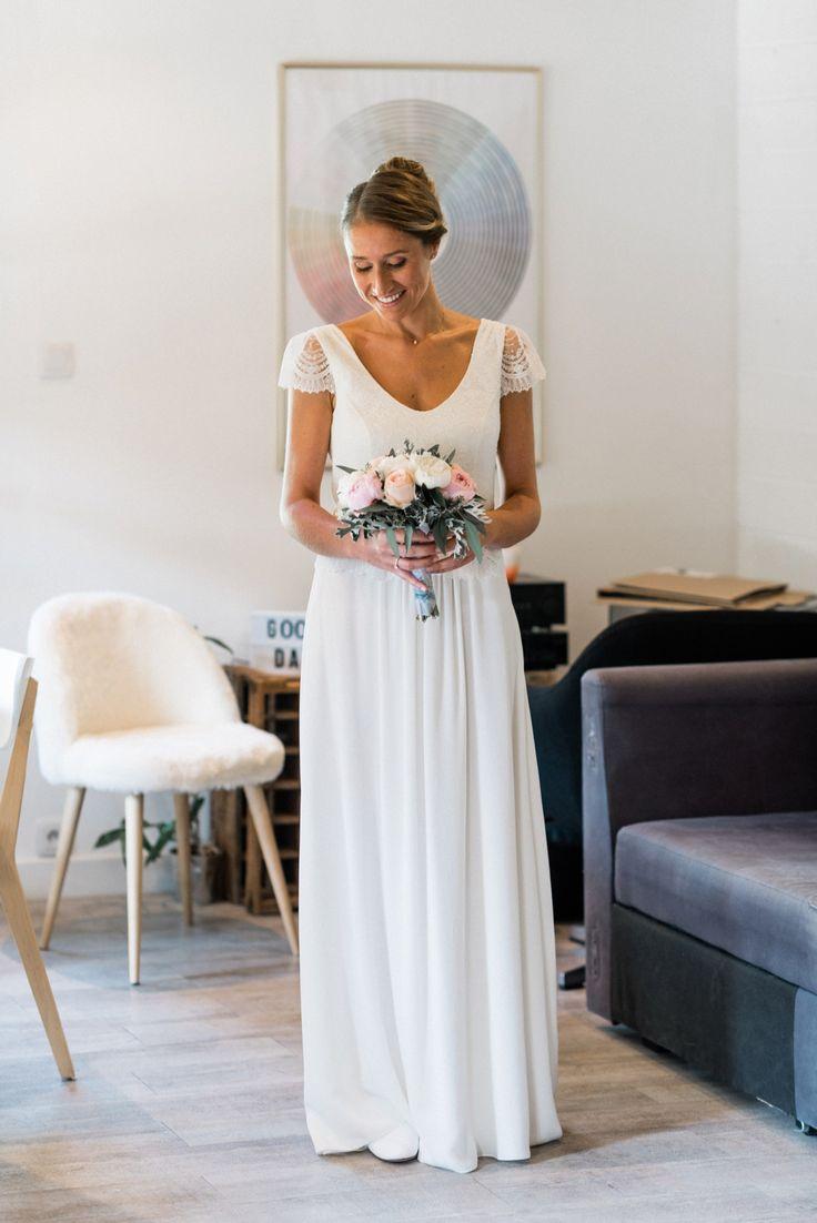 Magnifique robe de Laure de Sagazan. Mariage Talloires - photographe de mariage lac d'Annecy - Julien Navarre